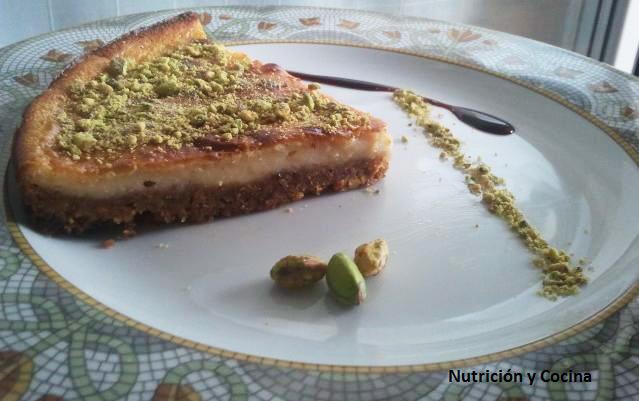 Tarta de queso de cabra y pistachos