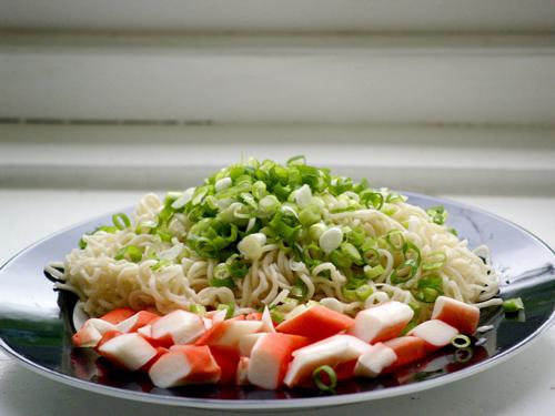 ensaladas con surimi, musculo de pescado