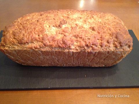 Pan casero con semillas de lino