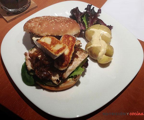 Hamburguesa gourmet de nutricion y cocina