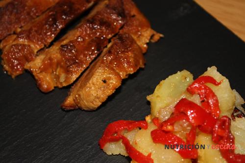receta de seitán con patatas y pimientos del piquillo