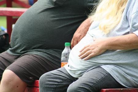 combatir el sedentarismo y la obesidad