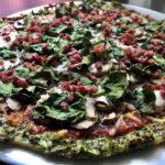 Pizza con masa de brócoli